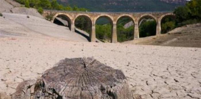 Almanecer Toma Conciencia Ya Ecologistas en accion problema del agua calentamiento global ecologia Sevilla Dos Hermanas