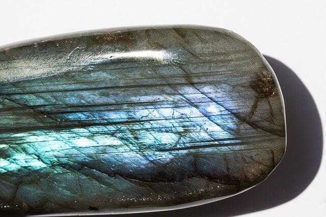 Manejo de Piedras y Cristales: Labradorita